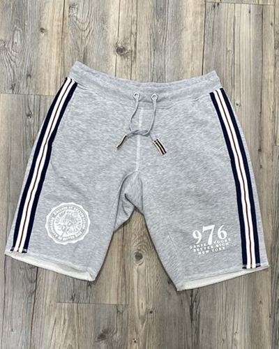 BETTER RICH Short College Herren